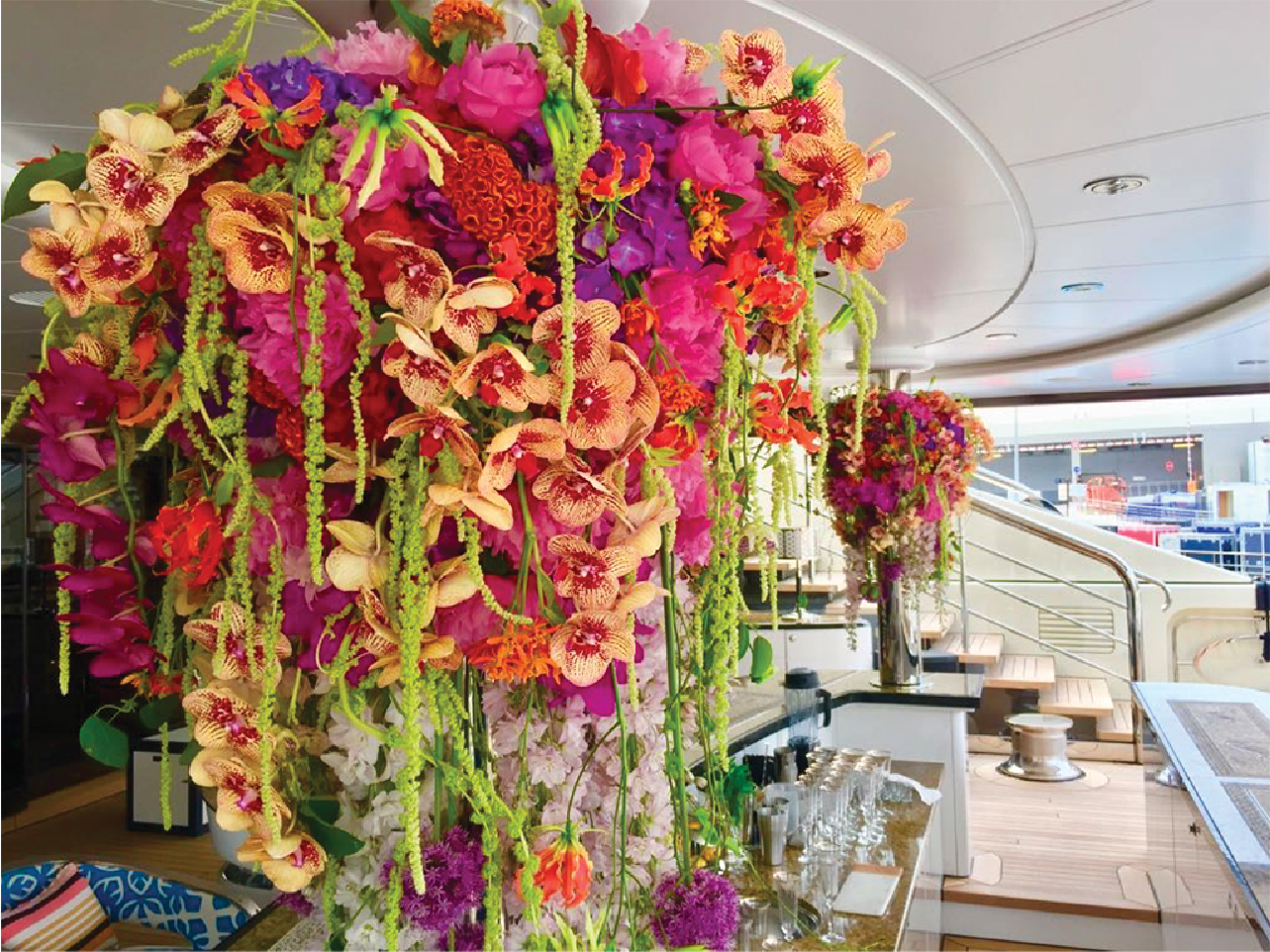 Flowers for Yachts & Cruises